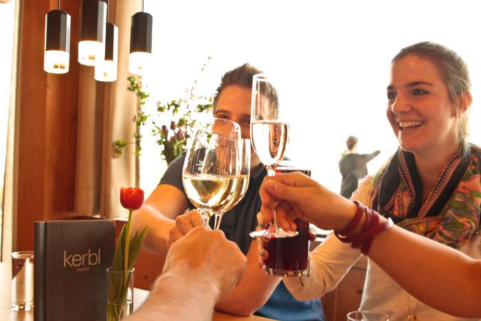 Saisonale Schmankerl & neue Weine